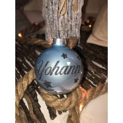 Boule de Noël Bleu Clair personnalisée- Décorez votre sapin avec les prénoms de vos êtres chers